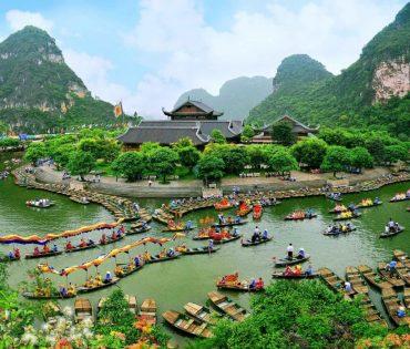 Trang An EcoTourism Complex – Bai Dinh Pagoda Day Tour
